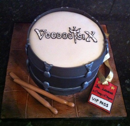 """Drum Cake • <a style=""""font-size:0.8em;"""" href=""""http://www.flickr.com/photos/41636591@N07/9546592772/"""" target=""""_blank"""">View on Flickr</a>"""