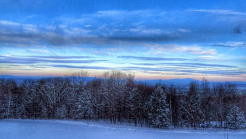 Mt. Kearsarge @ sunrise.