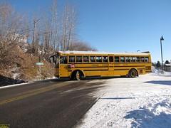 2009 Thomas 140HDX #15 (busdude) Tags: school snow bus train district alki tours cascade 228 leavenworth snowtrain alkitours leavenworthsnowtrain cascadeschooldistrict228 alkitoursleavenworthsnowtrain