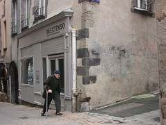 Space Invader CLR_06 (tofz4u) Tags: street people streetart france walking tile mosaic spaceinvader spaceinvaders invader rue auvergne mosaque puydedme clermontferrand artderue bquille 63000 inextenso clr06