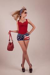 Sara (RAMÓN BLANCO) Tags: usa blanco portugal azul america de los rojo model san venezuela tacones latina altos antonio cartera belleza rojas ramón tibisay esrellas modaperfumemazanaapplerojocabello