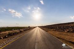 On the road (photosenvrac) Tags: soleil route ciel bitume thierryduchamp omanmoyenorientvoyagepaysagejanvier2015