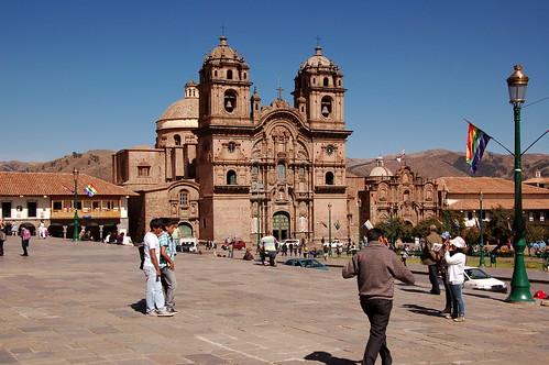 "Peru - Cusco - katedra <a style=""margin-left:10px; font-size:0.8em;"" href=""http://www.flickr.com/photos/125852101@N02/16539598131/"" target=""_blank"">@flickr</a>"