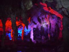 Assembling Dragon Caves, Yangshuo (Niall Corbet) Tags: china yangshuo limestone cave karst cavern guangxi showcave assemblingdragoncave