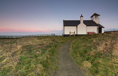 The Watch House - Seaton Sluice. (Callaghan69) Tags: uk longexposure sunset landscape wideangle northumberland coastal le slowshutter coastline footpath northeastcoast seatonsluice northeastengland watchhouse d7100 tokina1116 nikond7100