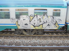 cann 3 (en-ri) Tags: train writing torino graffiti grigio rude giallo crew cru racs