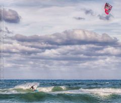 landscape 32 - juno beach seascape (Vince Dixon & DH / Invinceable Images) Tags: ocean sea kite beach fun waves florida surfer windy sunny surfing kitesurfing juno junobeach niceday