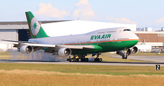 B-16411 (kentmatthiesen) Tags: eva air boeing cyvr b16411 74745e