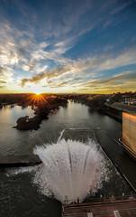 5385 Hume Dam, Albury (Rmonty119) Tags: travel light sky sun water outdoor lightroom albury humedam canon5dlll