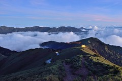 Night fall at Mountain Hehuan  (Vincent_Ting) Tags: sunset sky mountain night clouds sunrise star glow taiwan trails galaxy flare moonlight formosa   crepuscularrays startrails milkyway  seaofclouds            mountainhehuan             vincentting   hthehuan