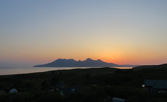 (Rodents rule) Tags: sunset island scotland highlands rum eigg
