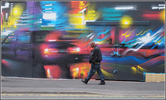 Hey, Look Up ! (Phil Dodd CPAGB BPE1*) Tags: uk streetart birmingham streetphotography wallart graffitti digbethbirmingham xf35mmf14r fujixt1 cityofcolour2016