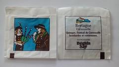 Srie Bretagne 01 - Cornouaille - festival 01 (periglycophile) Tags: france bretagne sugar series packet say srie sucre sachet sucrology beghin priglycophilie