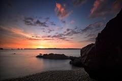 Coucher de soleil sur les Tas de Pois (jean paul lesage) Tags: brittany bretagne breizh coucherdesoleil crozon nd400 poselongue lestasdepoix