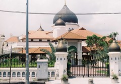 Kapitan Keling Mosque, Penang (Jaxx Analog) Tags: white colour film architecture analog 35mm 50mm town george nikon flickr mosque georgetown malaysia nights f3 penang oriental 1001 kapitan keling