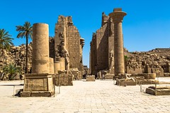 KarnakTemple (Schamane27) Tags: africa old travel sculpture building history tourism archaeology monument statue stone architecture temple reisen memorial king symbol antique famous urlaub religion ruin egypt culture pharaoh column karnak luxor sonne hieroglyphics arabien nordafrika