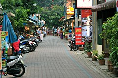 Chiang Mai Alley (davecurry8) Tags: street thailand alley chiangmai soi