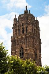 Clocher de la cathédrale de Rodez (tony sch) Tags: cathédrale 12 midi gothique pyrénées clocher aveyron rodez midipyrénées clocherderodez