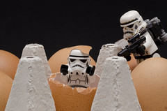 I found you ! (Romain Durand Saint Omer) Tags: macro starwars lego egg stormtrooper
