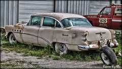 Buick Roadmaster (Photos By Vic) Tags: old car buick junk rust automobile rusty vehicle roadmaster 1954buickroadmaster