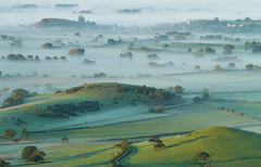 Daybreak (Mukumbura) Tags: uk morning autumn trees light england mist fall beauty fog sunrise landscape outdoors dawn countryside october scenery shadows somerset hills tranquil daybreak gettyimages priddy somersetlevels peacefulscene mendiphills deerleap welcomeuk