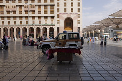 Medina on Foot (ShaZ Ni) Tags: morning travel walk muslim islam mosque arab photowalk medina
