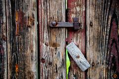 Doble Seguridad   ///   Double Security (Walimai.photo) Tags: door wood metal de los puerta madera nikon san security safe gallegos seguro seguridad 18105 felices d7000