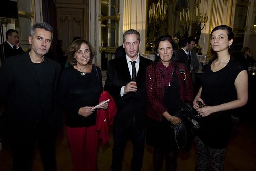 Escritores argentinos en la inauguración de Tierra de Luz. Una muestra que celebra la cultura y solidaridad franco-argentina