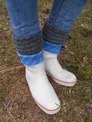 WVi115 (Lisban2009) Tags: white socks wellies rubberboots gummistiefel sailingboots turneddownwellies foldedwellies