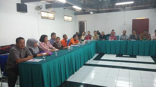 "PT POS Indonesia. Program pensiun untuk para senior di Bandung • <a style=""font-size:0.8em;"" href=""http://www.flickr.com/photos/41601386@N04/16464302572/"" target=""_blank"">View on Flickr</a>"