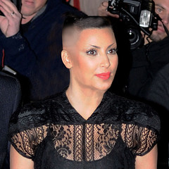 kim-kardashian-buzzed (marisabuffagni) Tags: cute kim bare smooth shaved bald pomo cropped buzzed zero clipper jovanka scalp macchinetta liscia calva rasata tosata kardashian pelata rapata