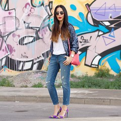 Con unos jeans rotos, una chaqueta bomber y estos preciosos zapatos de @puralopezofficial el look que resulta no puede ser ms estiloso  Podis verlo con ms detalle en el blog, las fotos merecen mucho la pena Ripped jeans, bomber (WOWS_) Tags: beauty fashion moda belleza streetstyle