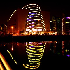 dublin. Cities At Night Dublin by Night Nightphotography Night Photography Water Water Reflections Urban Geometry Ireland (snia s) Tags: nightphotography ireland dublin water night citiesatnight waterreflections urbangeometry