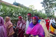H504_3380 (bandashing) Tags: red england people men green manchester temple dance women shrine pray crowd sing hindu sylhet bangladesh mandir socialdocumentary mazar aoa shahjalal mondir bandashing suparistainedteeth akhtarowaisahmed treecuttingfestival lallalshahjalal