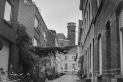 Pussemierstraat, Gent (Robin Geys) Tags: 2 belgium belgie kodak no brownie hawkeye ghent gent ilford fp4 cartridge 125