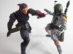 Snake vs Boba Fett (Matheus RFM) Tags: starwars snake bobafett metalgear kaiyodo revoltech venomsnake vulcanlog