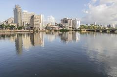 AV MARTINS BARROS (Arthur Perruci) Tags: brasil nikon recife pernambuco nordeste capibaribe tamronspaf1750mmf28xrdiiildasphericalif d5000 cidadesbrasileiras nikond5000 arthurperruci