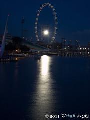 night (Squall EC) Tags: river hotel bay flyer singapore esplanade mbs marinabay raffleshotel singaporeflyer marinabaysands