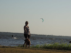 Kiteboarding & Sailing (Andrew Penney Photography) Tags: kitesurfing kiteboarders sailing sails watersports okc 405 lakehefner atthelake weds lake surfers dudes girl oklahomacity h2o smile fun enjoy water kite waves