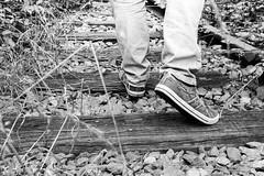 DSC_0438 (charlene.troupel) Tags: bw rail personne chemin bois planche chaussure