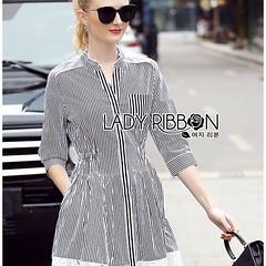 รหัสสินค้า : Mi237  ชื่อสินค้า : Rosie Minimal Chic Striped Shirt Dress with Lace Trimming  ราคา : 790.00 บาท   สั่งซื้อ   Lady Rosie Minimal Chic Striped Shirt Dress with Lace Trimming เชิ้ตเดรสลายทางตกแต่งชายผ้าลูกไม้สไตล์มินิมัลชิค ตัวนี้เป็นสาวเท่ๆ ไป
