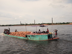 Life on a boat of bricks (tomdreesen) Tags: life river photography boat bricks bangladesh