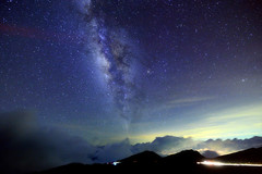 Milky Way , Mt. Hehuan  (Vincent_Ting) Tags: sunset sky mountain night clouds star glow taiwan trails flare formosa   gettyimages crepuscularrays startrails  seaofclouds        mountainhehuan       vincentting