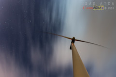 Batiendo estrellas (saki_axat) Tags: windmill stars viento molino estrellas oiz eolico canonikos