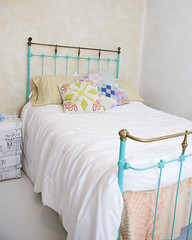 (johnnyvintage) Tags: girl studio hearts diy aqua teal props refinished upcycled ironbed