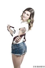 Giorgia_025-II (gilmolm) Tags: portrait girl photoshop canon hair 50mm model giorgia braces flash tshirt lips jeans blonde lipstick canonef35mmf2 ritratto metz ragazza lightroom nissin labbra modella canonef50mmf18ii strobist canoneos450d canoneosdigitalrebelxsi canoneoskissx2