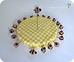 Alfifofos - Abelha (Sonhos de Biscuit, by Kenynha M.) Tags: abelha cupcake scrap costura alfinetes sewingpins