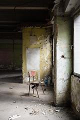 Ik ben er niet op gaan zitten. (Ron Mooij) Tags: parkinggarage belgië charleroi urbex parkeergarage buildingsandarchitecture gebouwenenarchitectuur