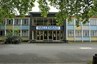 Hallenbad / Haupteingang