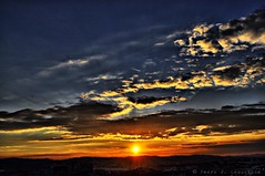 Sabadell, 18 febrer 2015, 18:12 (Perikolo) Tags: sunset sun sol clouds atardecer nubes puesta posta núvols sabadell capvespre